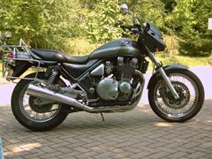Kawasaki Zephyr 1100 Umbau anzeigen