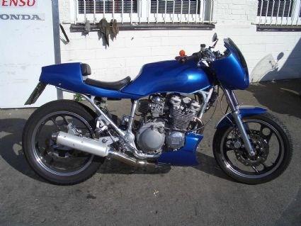 Umgebautes Motorrad Yamaha XJ6 von minimini - 1000PS.at