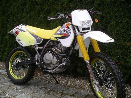 Umgebautes Motorrad Suzuki DR 350 SE Von Motorradsport GIGLA GbR