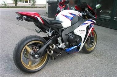 /motorcycle-mod-honda-cbr1000rr-fireblade-25215