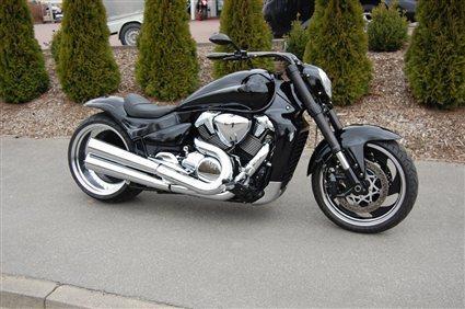 Umgebautes Motorrad Suzuki Intruder M1800R von Motorrad