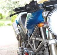 Ducati Monster 900 Umbau anzeigen