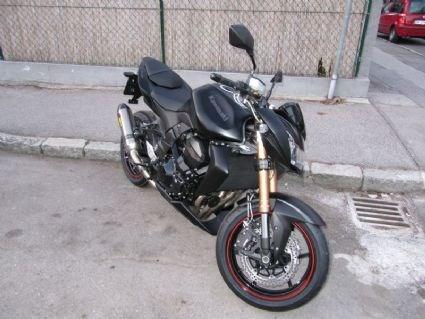 Umgebautes Motorrad Kawasaki Z1000 von BKM Bikes Handels