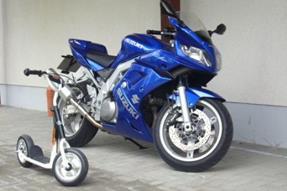 Suzuki SV 1000S Umbau anzeigen