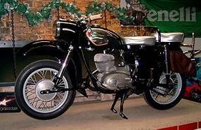 umgebautes motorrad mz es 250 1 von motorrad scheunpflug. Black Bedroom Furniture Sets. Home Design Ideas
