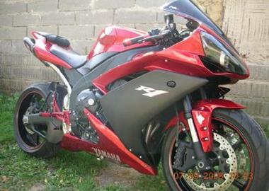 Gebrauchtmotorrad Yamaha YZF-R1