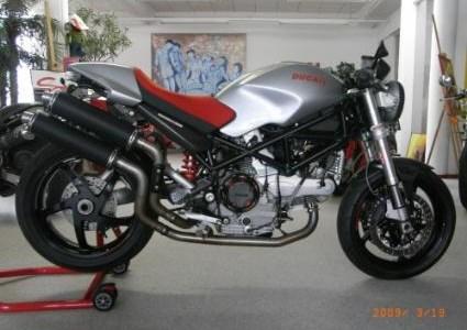 Ducati Monster S2R 1000
