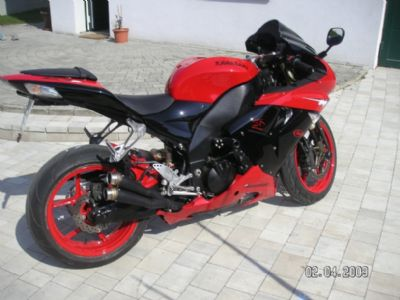Umgebautes Motorrad Kawasaki Ninja ZX 10R Von Dodo