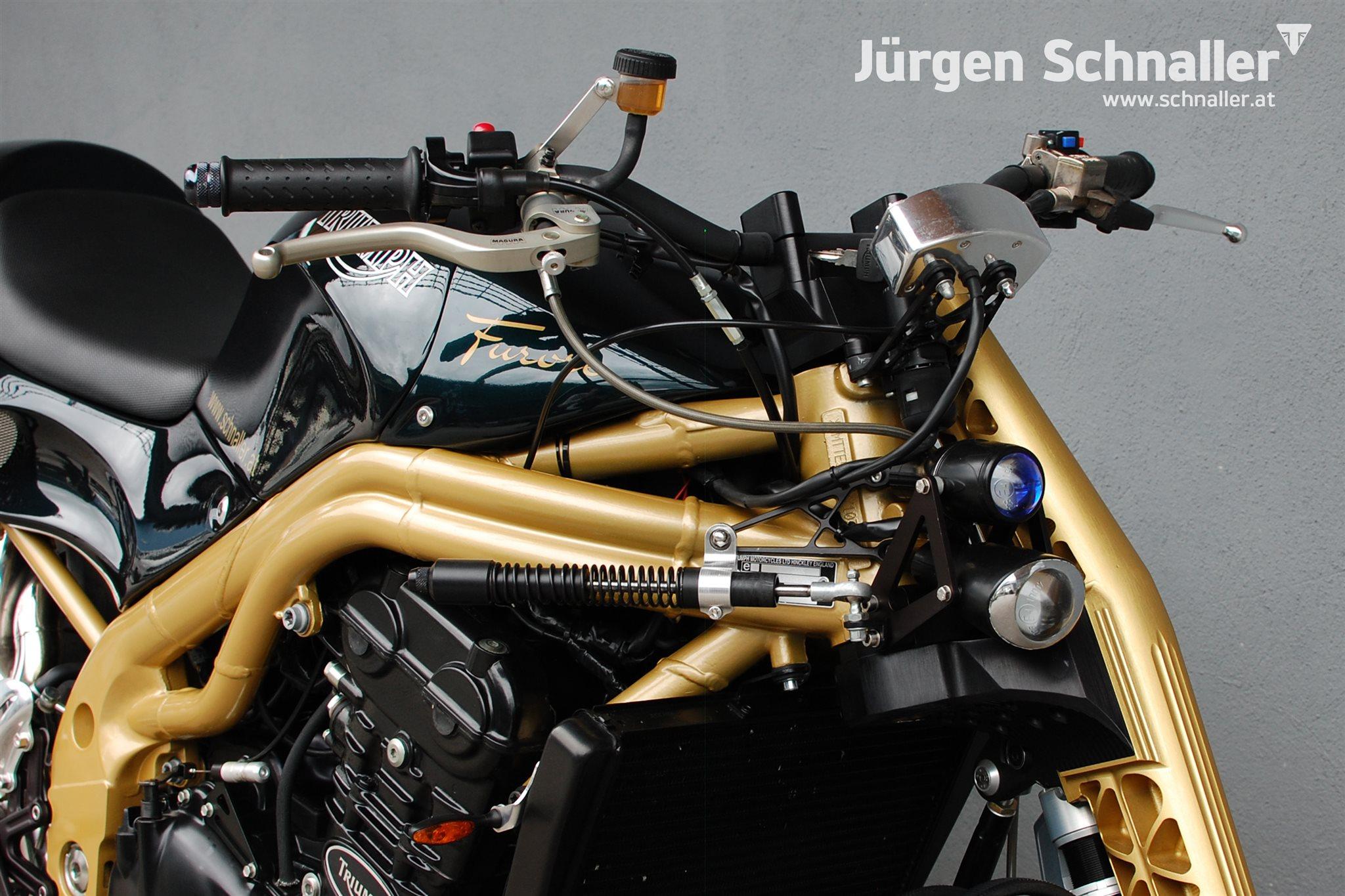 umgebautes motorrad triumph speed triple 955i von j rgen schnaller. Black Bedroom Furniture Sets. Home Design Ideas