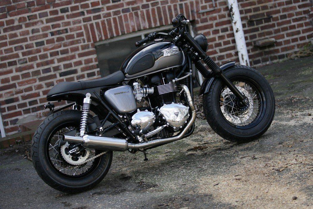 umgebautes motorrad triumph bonneville t100 von q bike. Black Bedroom Furniture Sets. Home Design Ideas