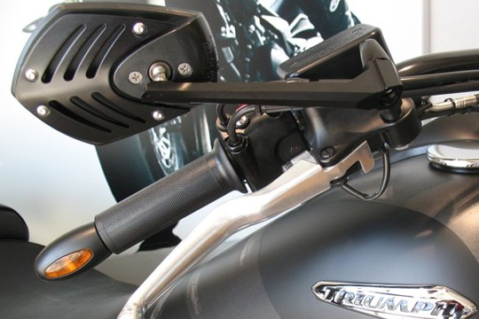 umgebautes motorrad triumph thunderbird storm von motorsport burgdorf gmbh co kg. Black Bedroom Furniture Sets. Home Design Ideas