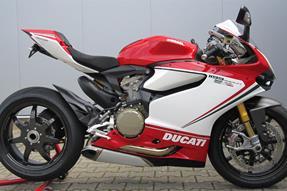 Ducati 1199 Panigale S Tricolore Umbau anzeigen