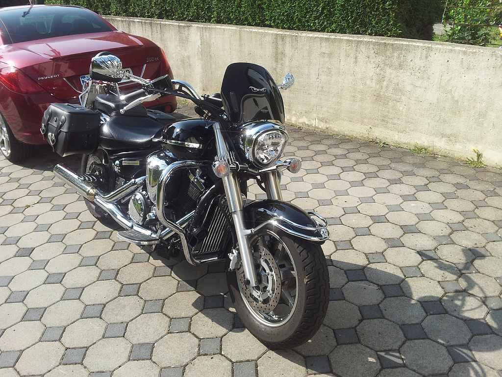 umgebautes motorrad yamaha xvs 1300 a von maneater. Black Bedroom Furniture Sets. Home Design Ideas