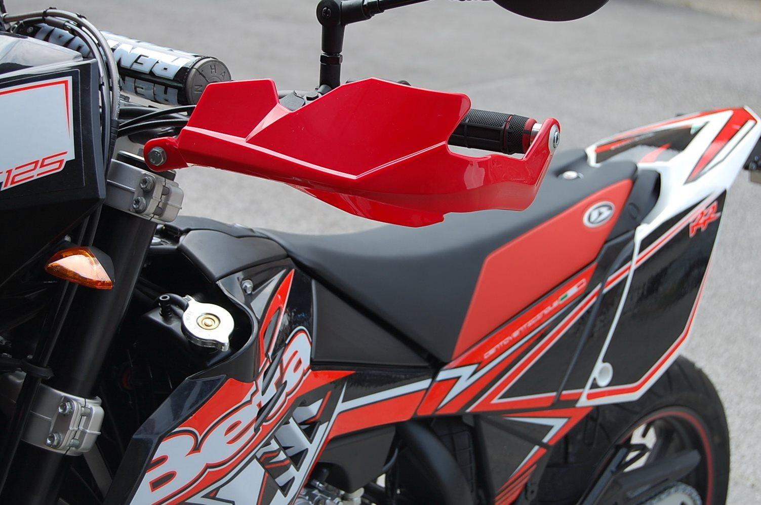 umgebautes motorrad beta rr motard 125 4t lc von hk. Black Bedroom Furniture Sets. Home Design Ideas