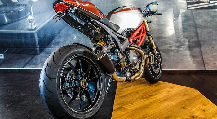 Ducati Monster 1100 Evo