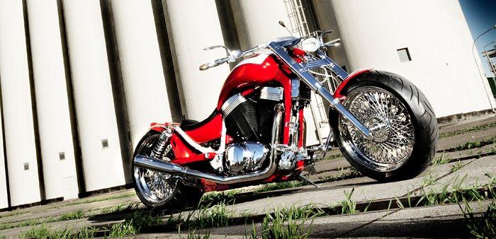 Umgebautes Motorrad Suzuki Intruder VS 1400 Von Uhlmann Motorrader GmbH