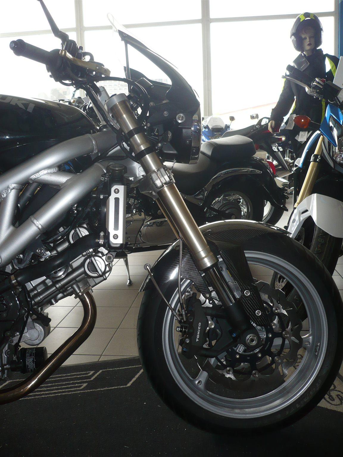 Details zum Custom-Bike Suzuki SV 650 des Händlers Reimo
