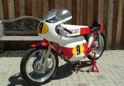 Ducati 175 S
