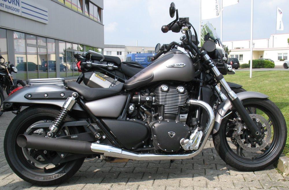 Details Zum Custom Bike Triumph Thunderbird Storm Des Händlers