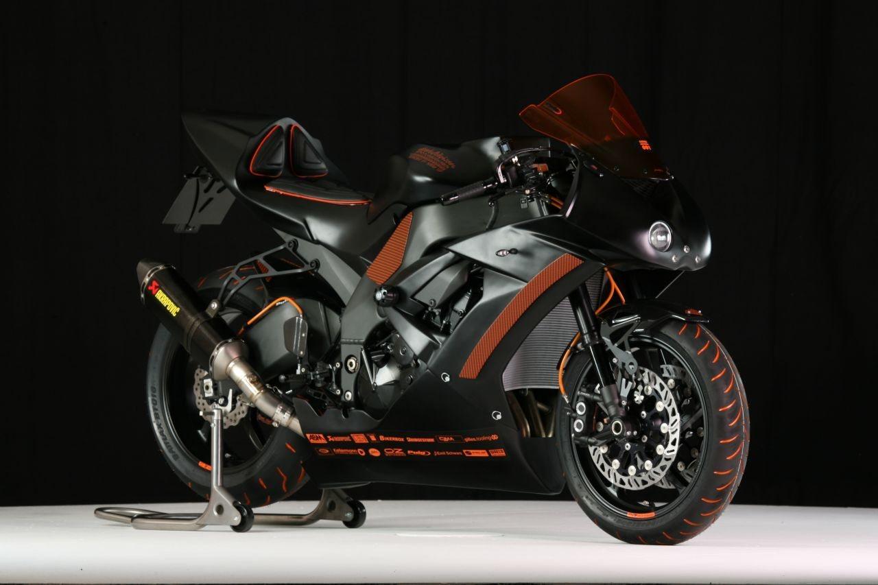 umgebautes motorrad kawasaki ninja zx 10r von warm up. Black Bedroom Furniture Sets. Home Design Ideas