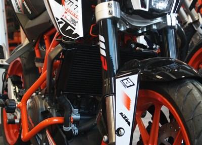 KTM 390 Duke Ein wenig umgebaut