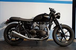 Triumph Bonneville T100 Black Umbau anzeigen