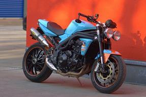 Triumph Speed Triple 1050 Umbau anzeigen