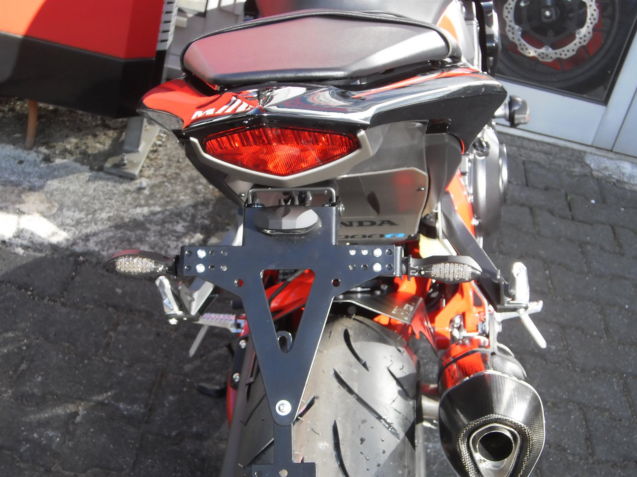 details zum custom bike honda cb 1000 r des h ndlers auto hermes kg. Black Bedroom Furniture Sets. Home Design Ideas