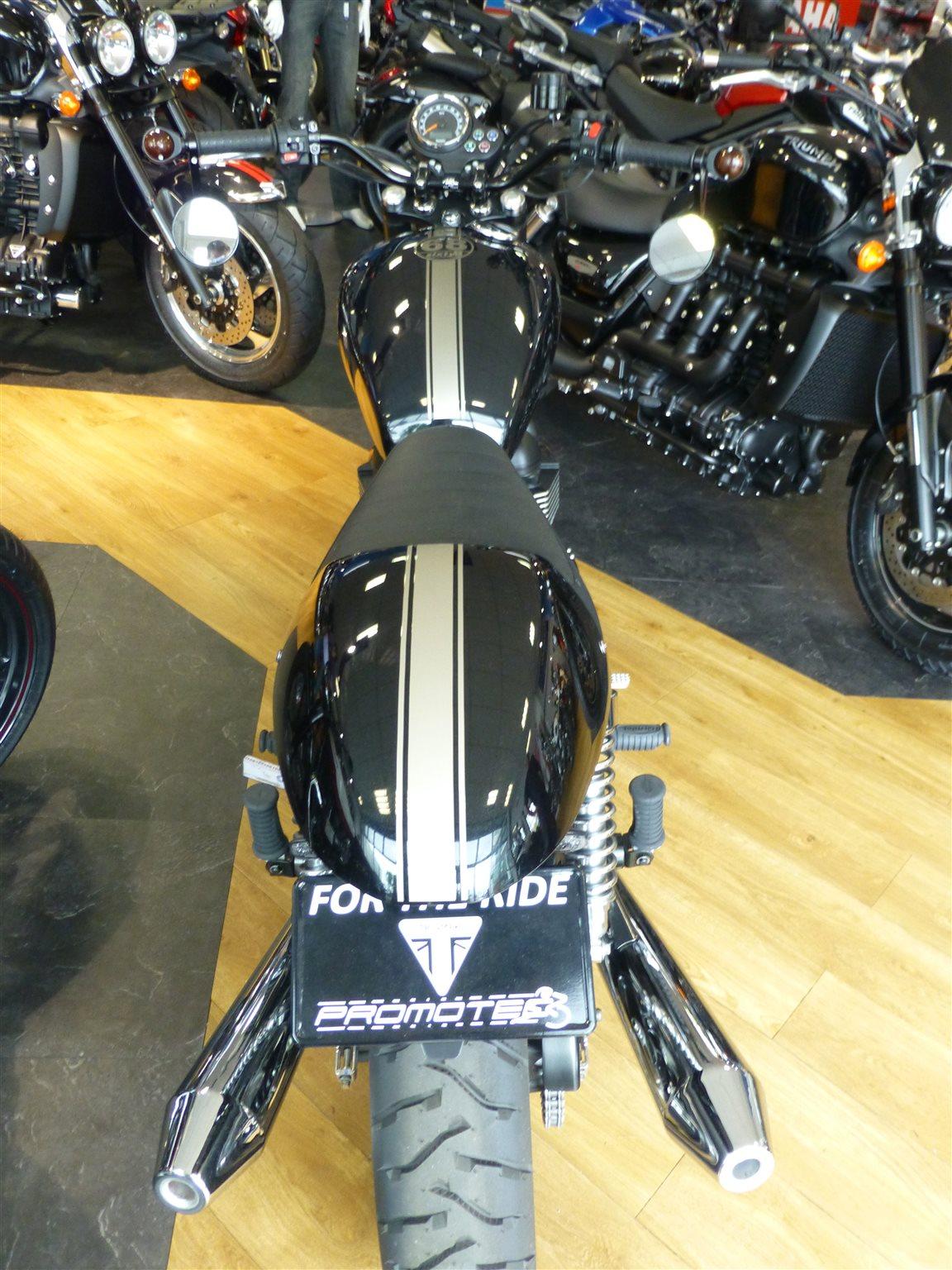 umgebautes motorrad triumph bonneville t100 von promotec. Black Bedroom Furniture Sets. Home Design Ideas