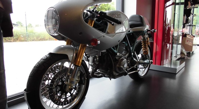 Ducati Paul Smart 1000