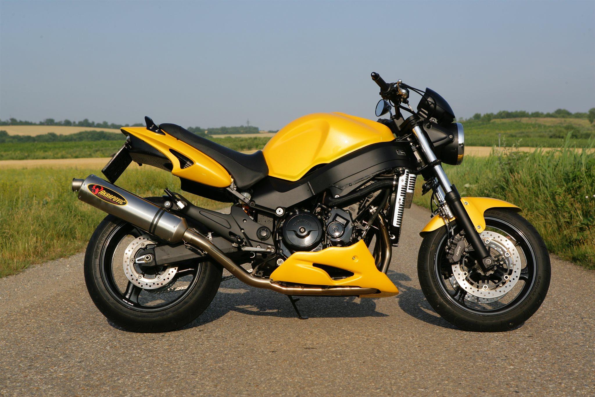 Pin auf Мотоциклы