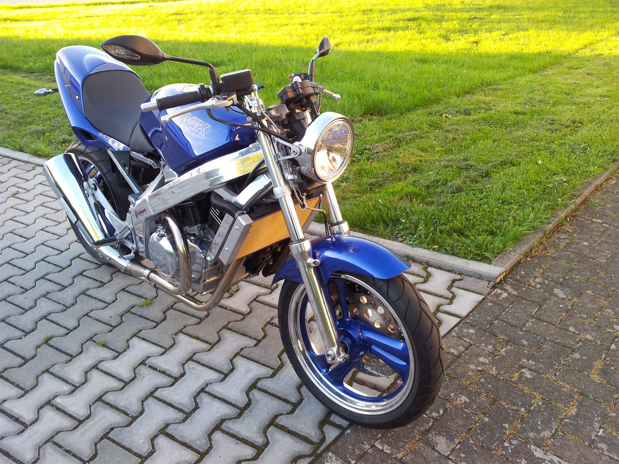 Umgebautes Motorrad Honda NT 650 Hawk GT von Motorrad Wagner
