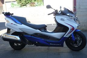 Suzuki Burgman 400 Umbau anzeigen