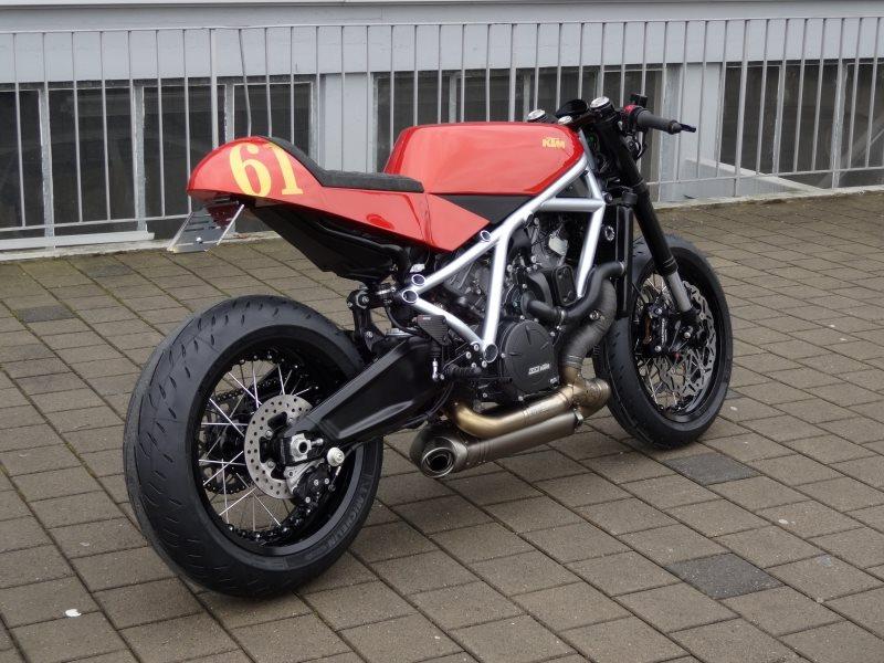 Umgebautes Motorrad KTM 1190 RC8 R von Mark16 - 1000PS.at