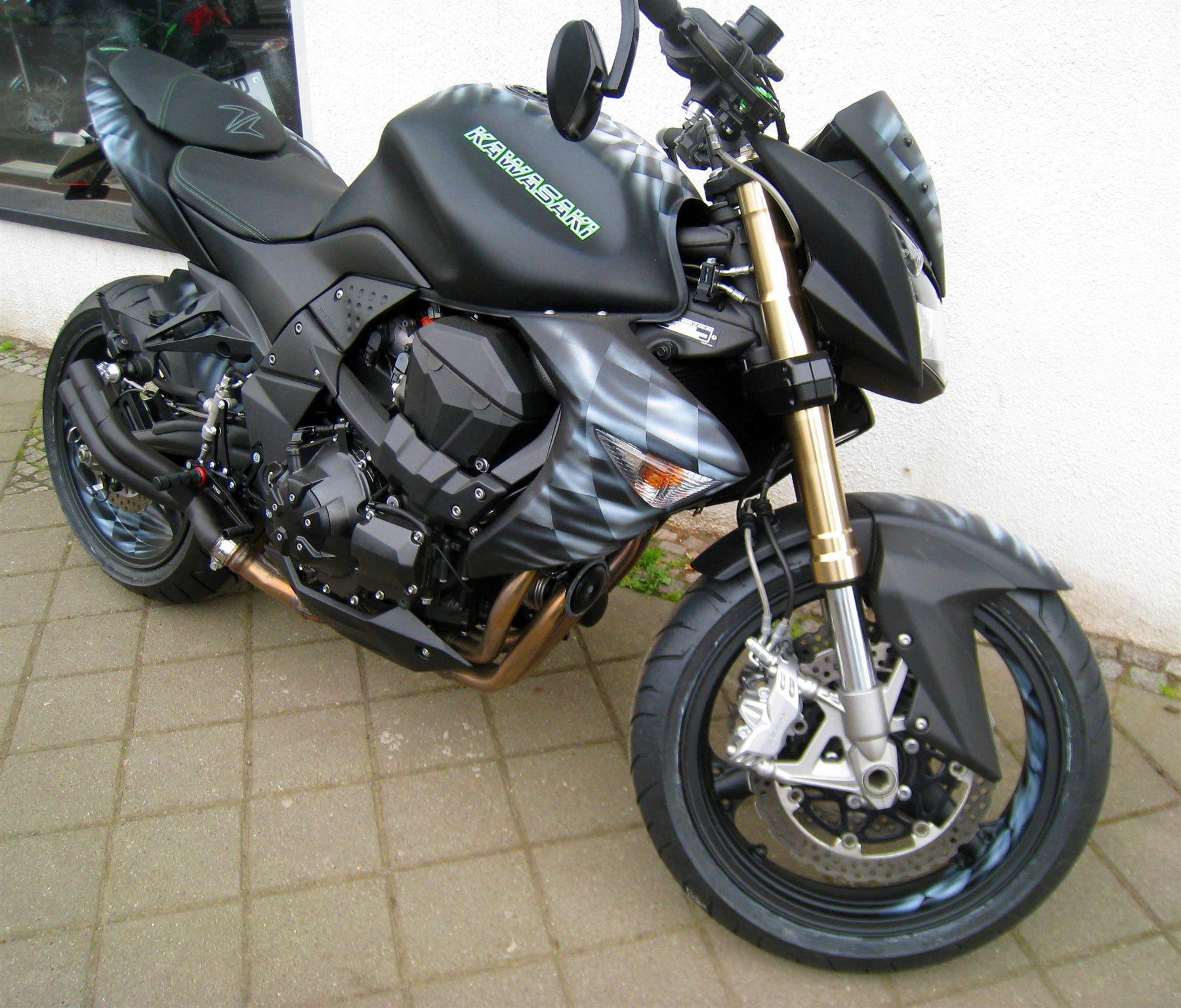 Umgebautes Motorrad Kawasaki Z1000 Von Motorradsport Schadenberg GbR