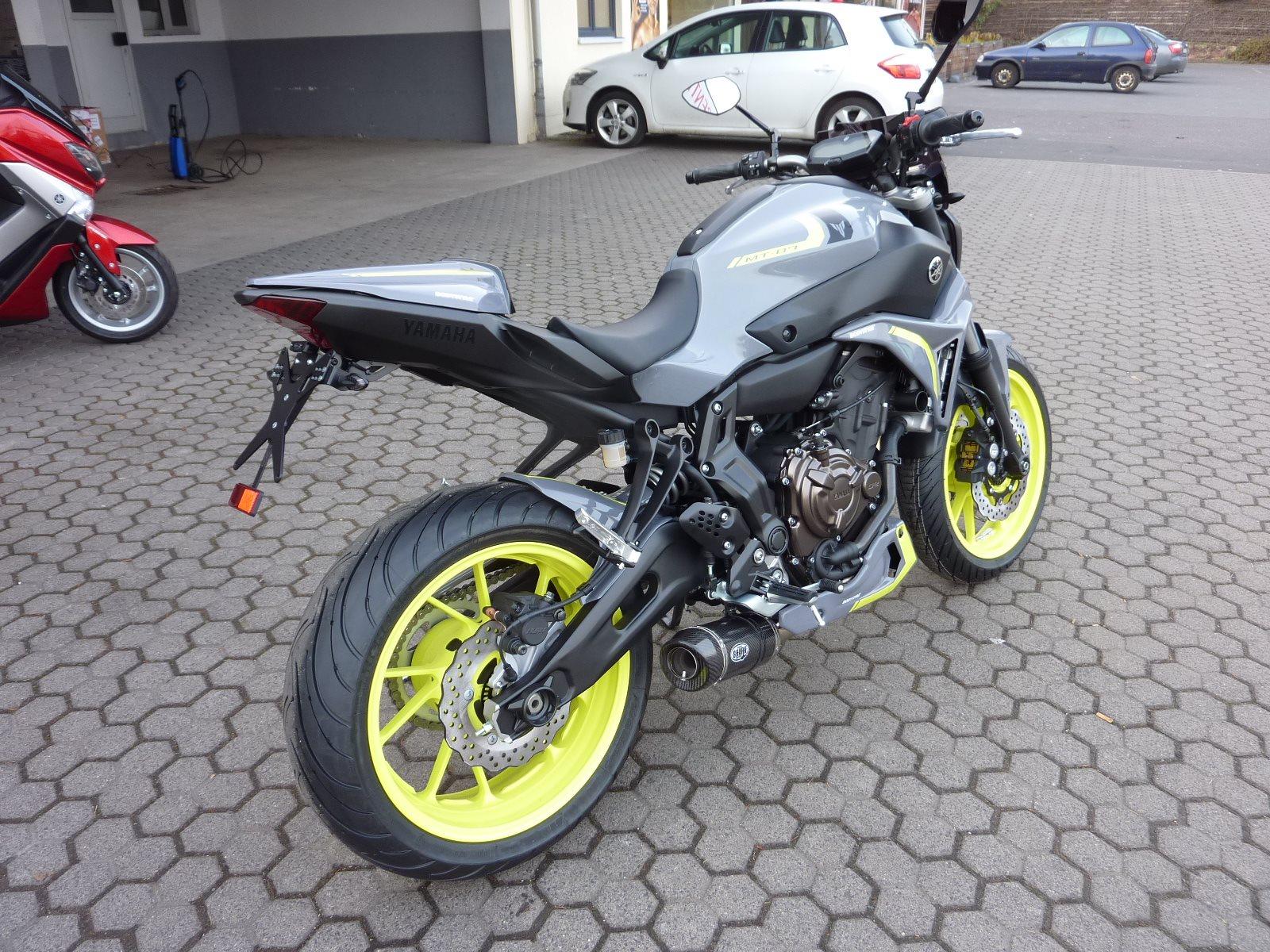 umgebautes motorrad yamaha mt 07 von zweirad center z ller