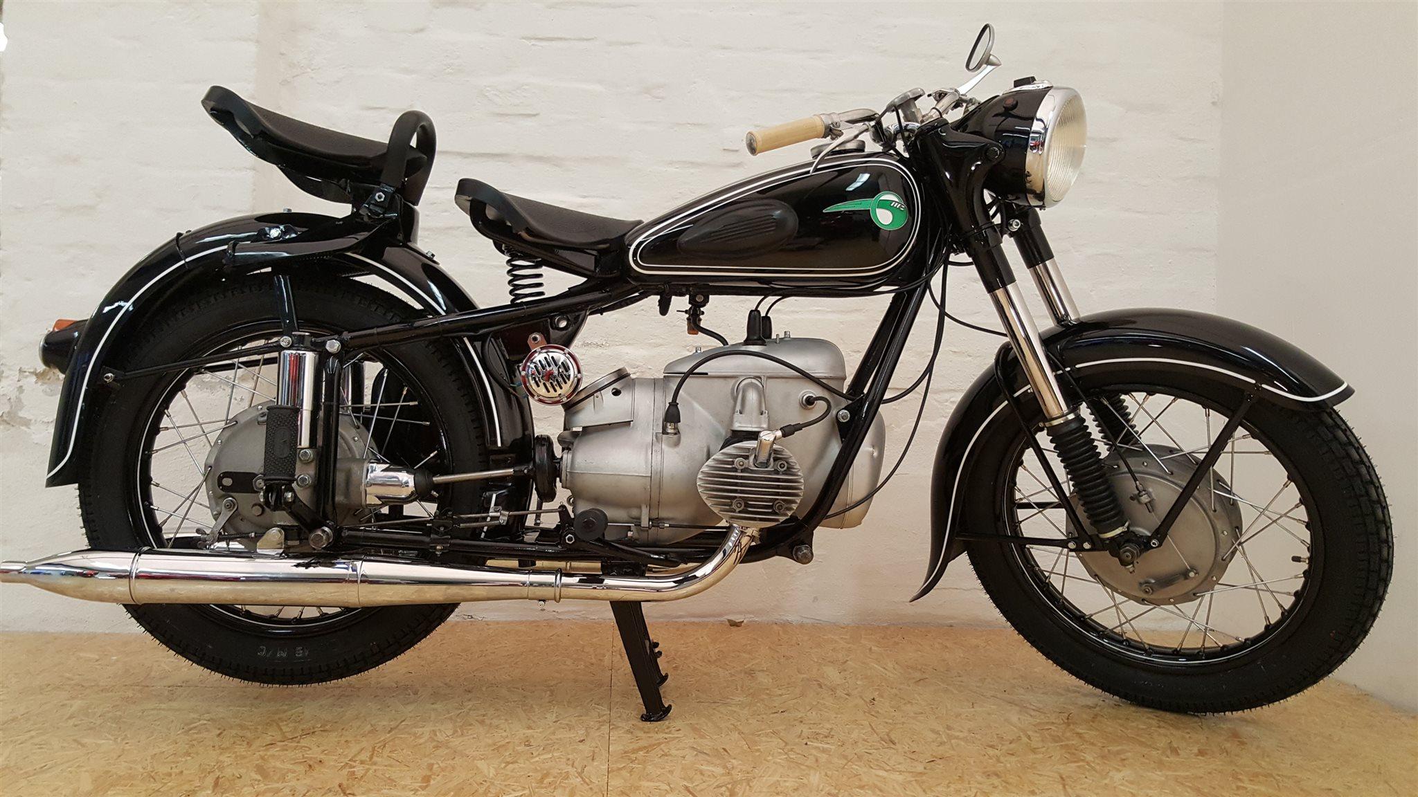 umgebautes motorrad ifa dkw bk 350 von motorrad. Black Bedroom Furniture Sets. Home Design Ideas