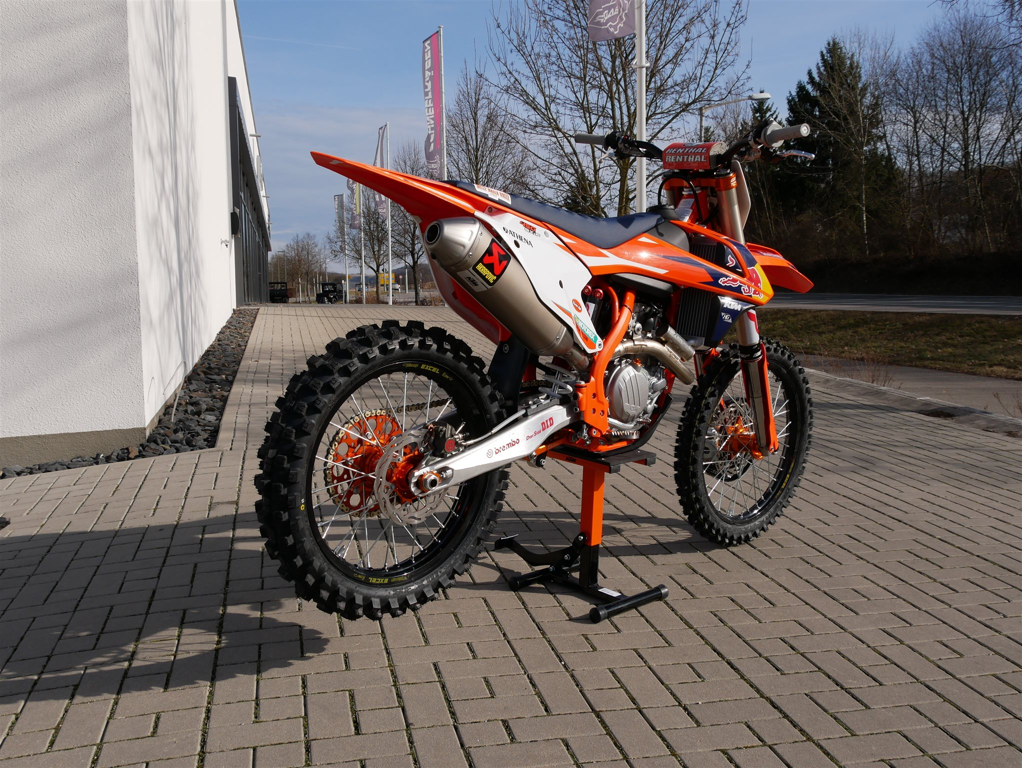 umgebautes motorrad ktm 450 sx f von ktm motoroox. Black Bedroom Furniture Sets. Home Design Ideas