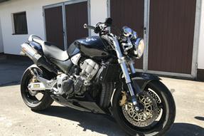 Honda CB 900 F Hornet Umbau anzeigen