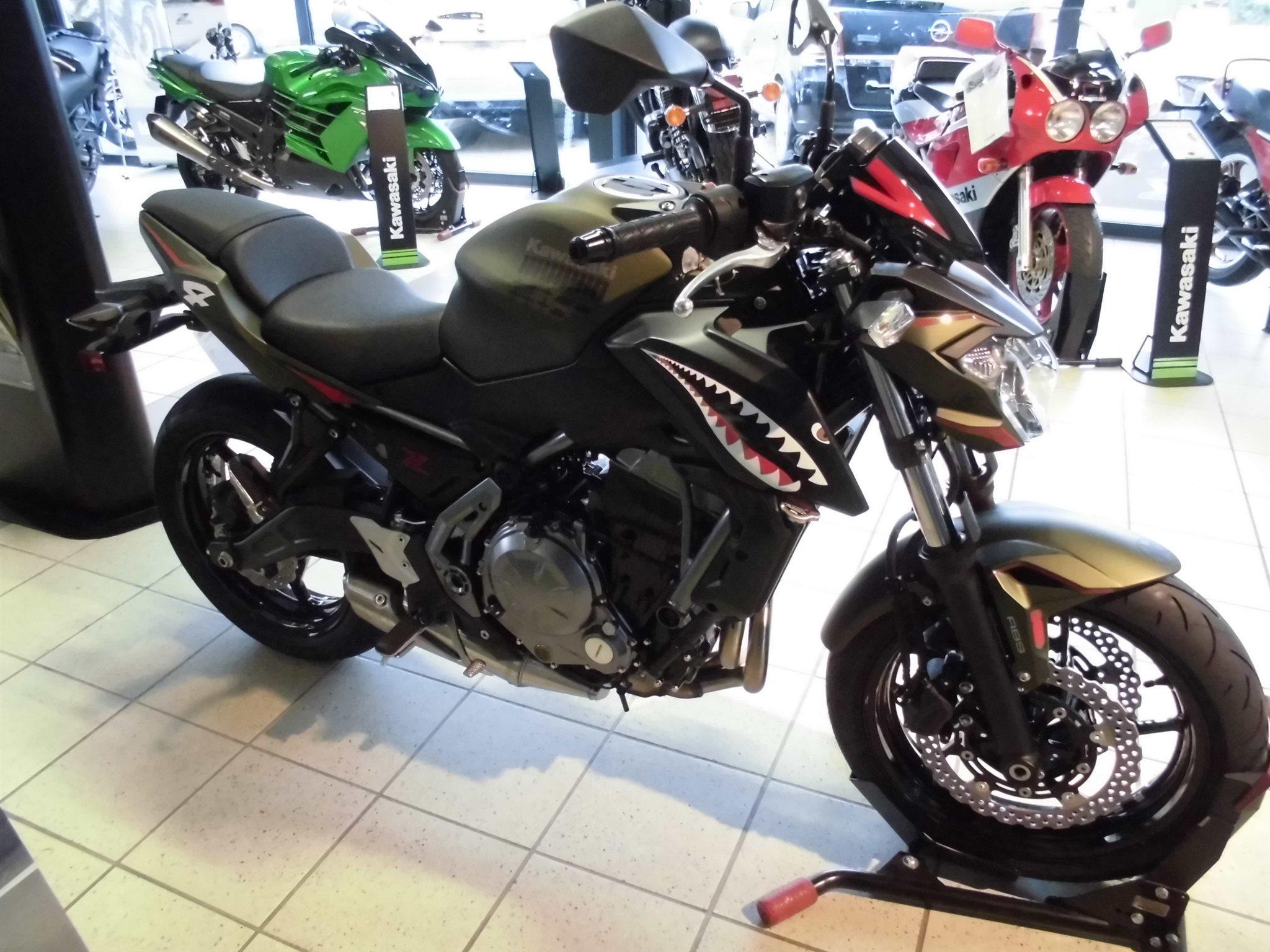 Umgebautes Motorrad Kawasaki Z 650 Von Team Wahlers GmbH
