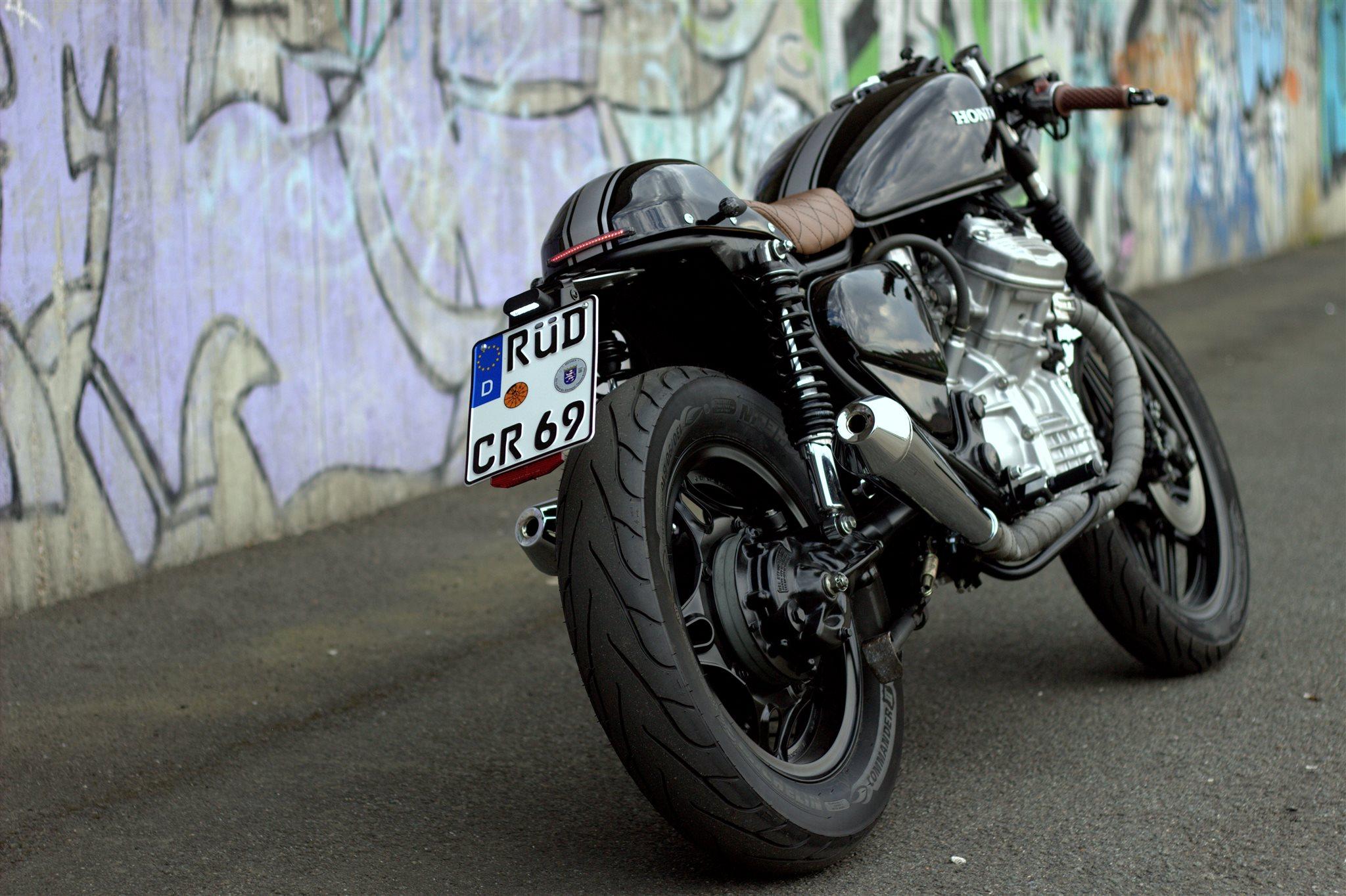 Umgebautes Motorrad Honda CX 500 von Motorrad Naujocks