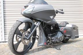 Harley-Davidson Road Glide FLTR Umbau anzeigen