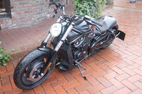 Harley-Davidson V-Rod Night Rod VRSCD Umbau anzeigen