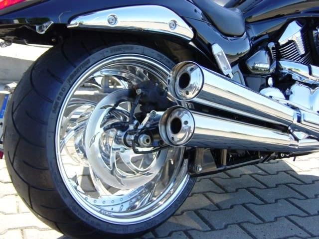 umgebautes motorrad suzuki intruder m1800r von zweirad. Black Bedroom Furniture Sets. Home Design Ideas