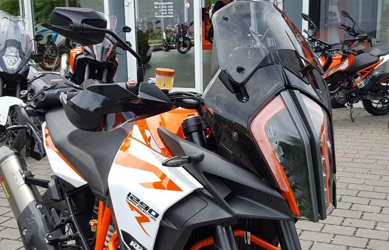 umgebautes motorrad ktm 1290 super adventure r von biker s. Black Bedroom Furniture Sets. Home Design Ideas