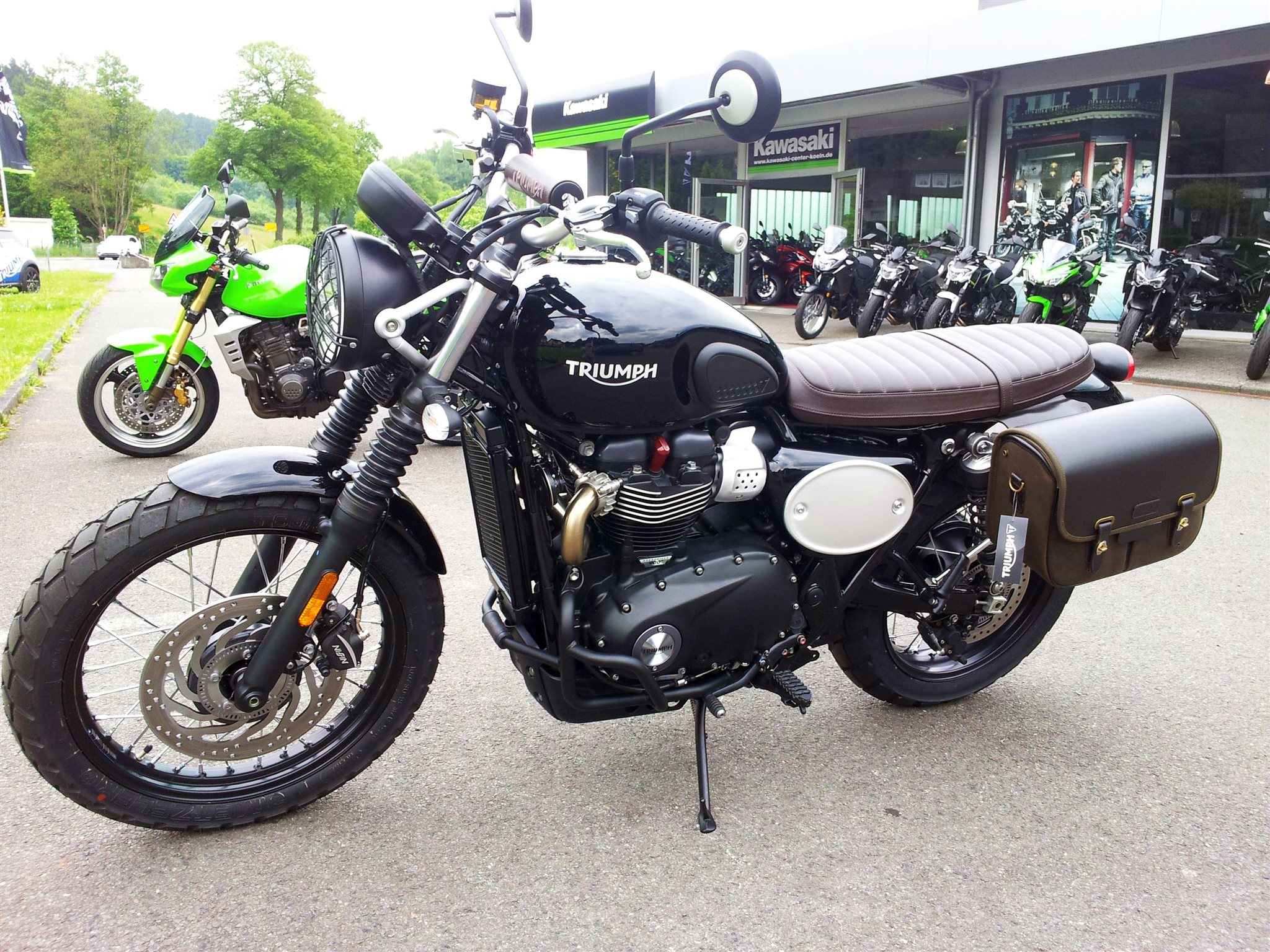 umgebautes motorrad triumph street scrambler von. Black Bedroom Furniture Sets. Home Design Ideas