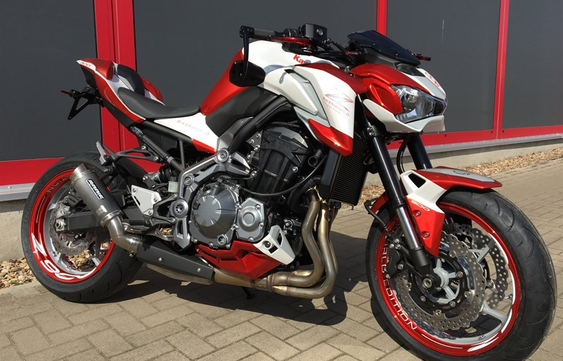 umgebautes motorrad kawasaki z900 von bikerworld rosenow