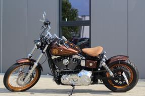 Harley-Davidson Dyna Wide Glide FXDWG Umbau anzeigen