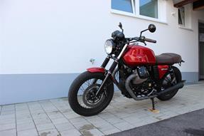 Moto Guzzi V7 II Special Umbau anzeigen