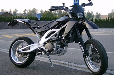 /umbau-aprilia-sxv-550-supermoto-48490
